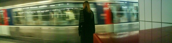 Esther, metro parisien, Paris