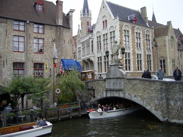 Canaux a Bruges